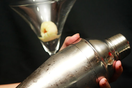 How to Make a Lychee Sake Martini: 7 Steps - wikiHow