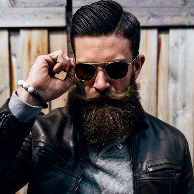 """Мужская стрижка + оформление бороды и усов в барбершопе """"Beard Club"""" за 30 руб."""