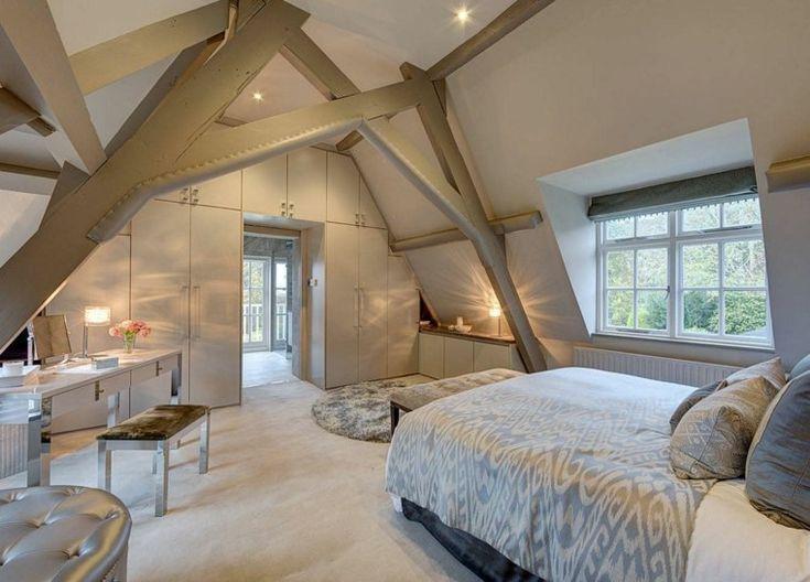 Dachzimmer: Eine Liebesgeschichte in mehreren dekorativen Bildern