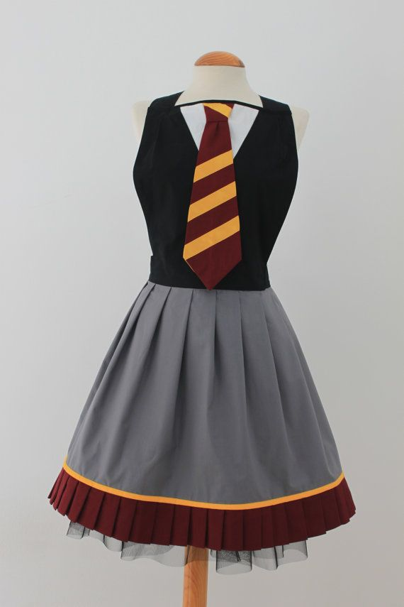 Harry Potter inspired apron por LyraFashion en Etsy