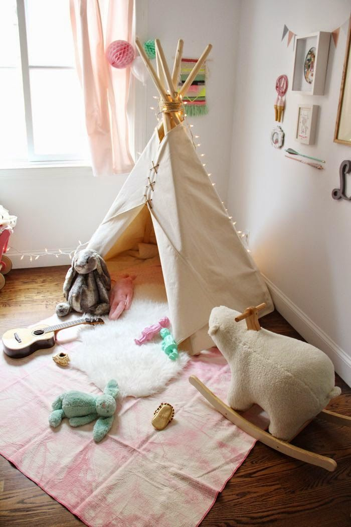 Chic teepee! Via The Boo and the Boy.
