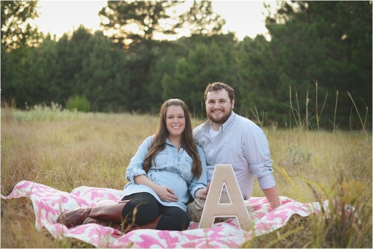 Our Rustic Maternity Photos   Week 33 Bumpdate