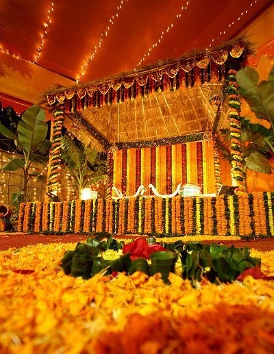 floral mandap. goes great with gold/red wedding scheme