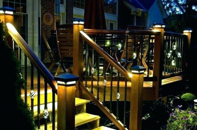 17+ Cool Deck Railing Ideas to Fit Your Home Decor #smallpatiolighting – Patio… – Garden Deck Inspiration