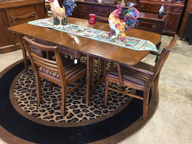 1000 Ideas About Furniture Consignment Stores On Pinterest Consignment Store Displays Resale