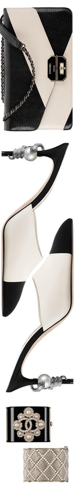 Chanel 2015/2016 Métiers d'Art accessories