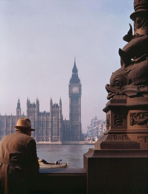 1939 in London, the River Thames. View of the House of Commons from the south Embankment. Vintage photo of 30s London in colour.