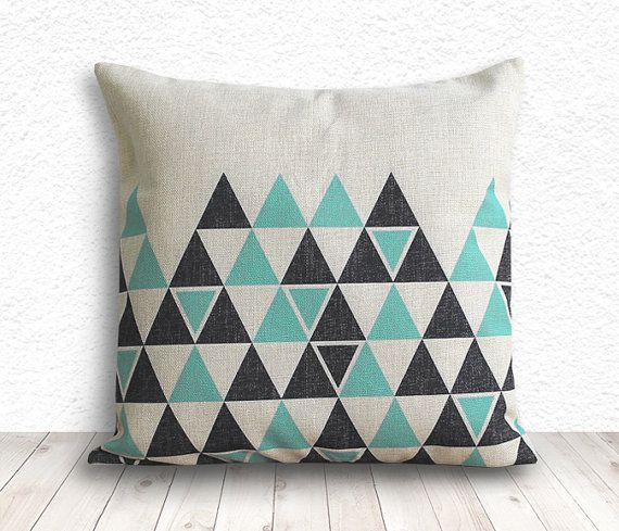 Pillow Cover, Geometric Pillow, Triangle Pillow Cover, Linen Pillow Cover 18x18 - Printed Geometric - 135