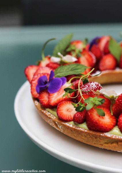 Tarte aux fraises façon couronne de fleurs