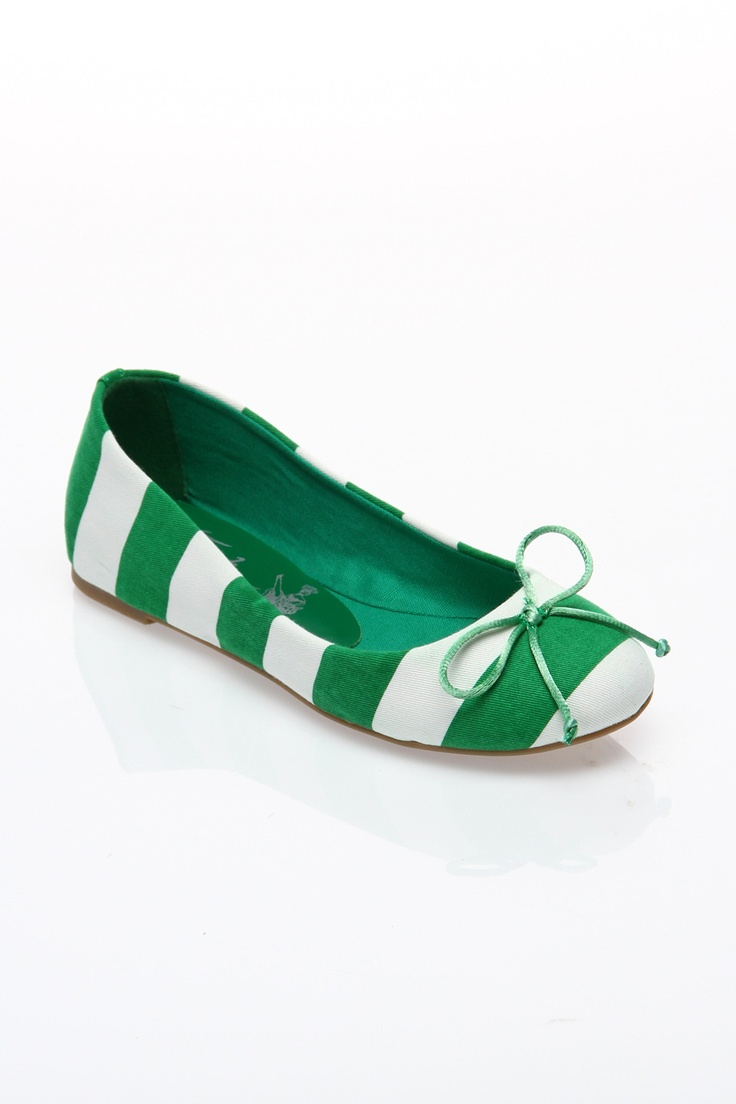 Addy Flat In Green & White.