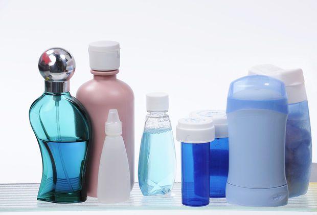 Hoe je huidverzorgingsroutine overschakelen naar zomermodus