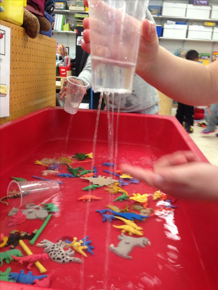 """It's Raining"" station for the sensory table in pre-kindergarten. Add colored animals or dinos for them to sort while playing in the water:)"
