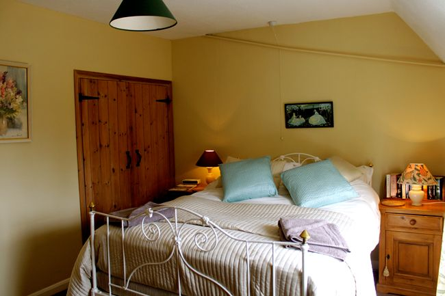 Enjoy Your #Mini #Breaks With Furzen Hill Farm in #Midlands, we provide all the comfort and facilities that you want.
