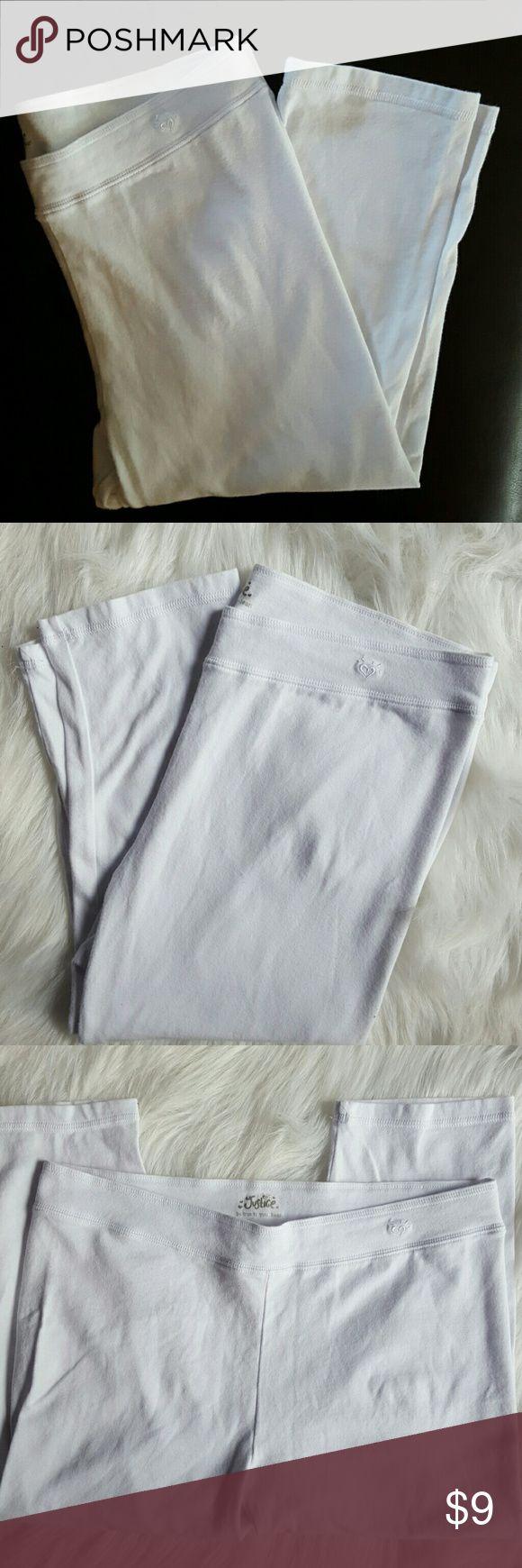 Justice white capri leggings NWOT size 18 Justice for Girls size 18 white capri leggings. Never worn. Justice Bottoms Leggings