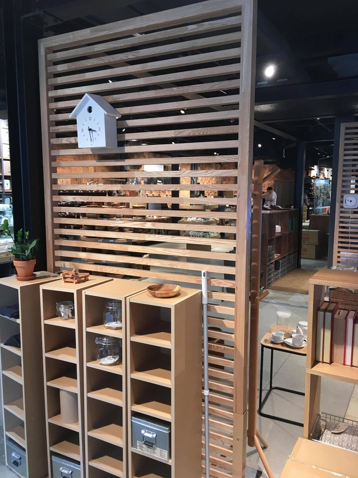 Can anyone here build something like this store fixture or