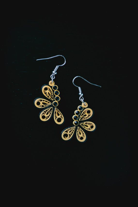 Quilling Earring Designs Butterfly : 25+ best ideas about Quilling earrings on Pinterest Quilling jewelry, Paper quilling earrings ...