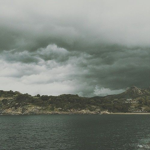 Isola d'Elba - Tempaccio (storm) #fishing #pesca #mare #sea #elba #portoazzurro #natura #nature http://ift.tt/1mlGmN1