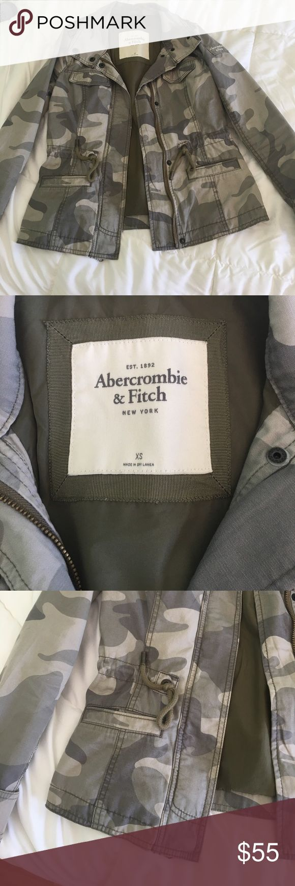 Abercrombie And Fitch Jacket Gently used jacket that is great for fall. Can be worn dresses down or up with a pair of boots. No stains or damage that I can see Abercrombie & Fitch Jackets & Coats