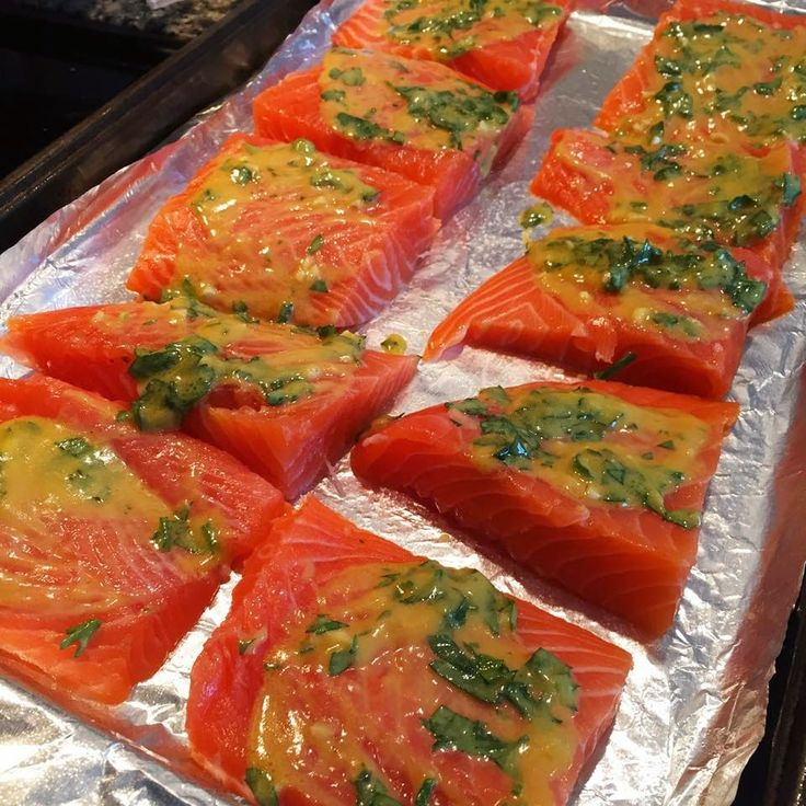 Fun & Fabulous Life: Crystal Laiti: Honey Dijon and Garlic Salmon Healthy Dinner Recipe -- 21 Day Fix Approved