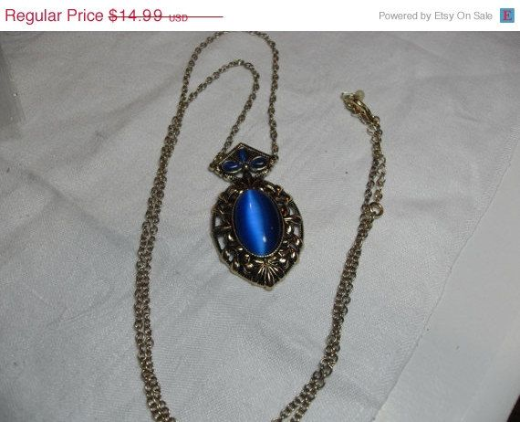 SALE Sha signed Blue Cat's Eye necklace Blue by GingersLittleGems