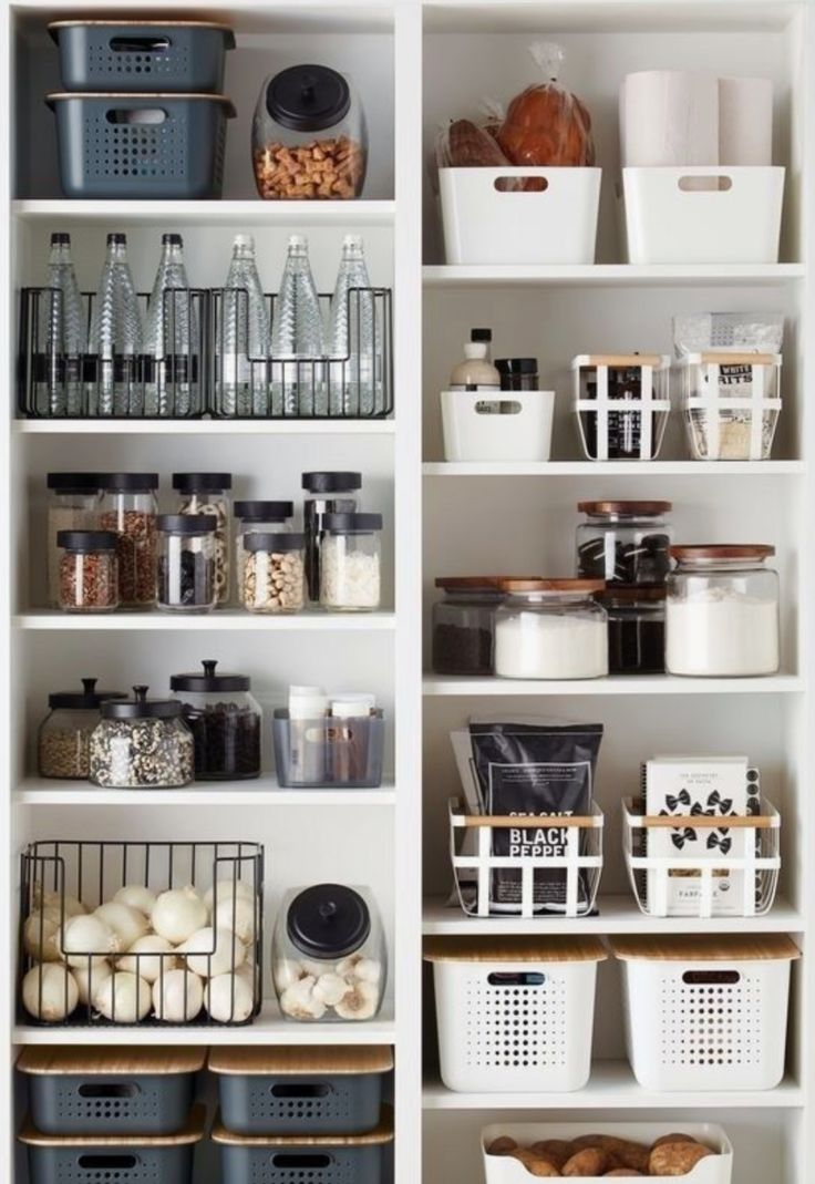 Clever Pantry Organization Ideas – Home Decor Art : Clever Pantry Organi… – Modern Kitchen Organization Pantry, Home Organisation, Pantry Storage, Kitchen Pantry, Organizing Ideas, Organized Kitchen, Pantry Shelving, Shelving Ideas, Kitchen Cabinets