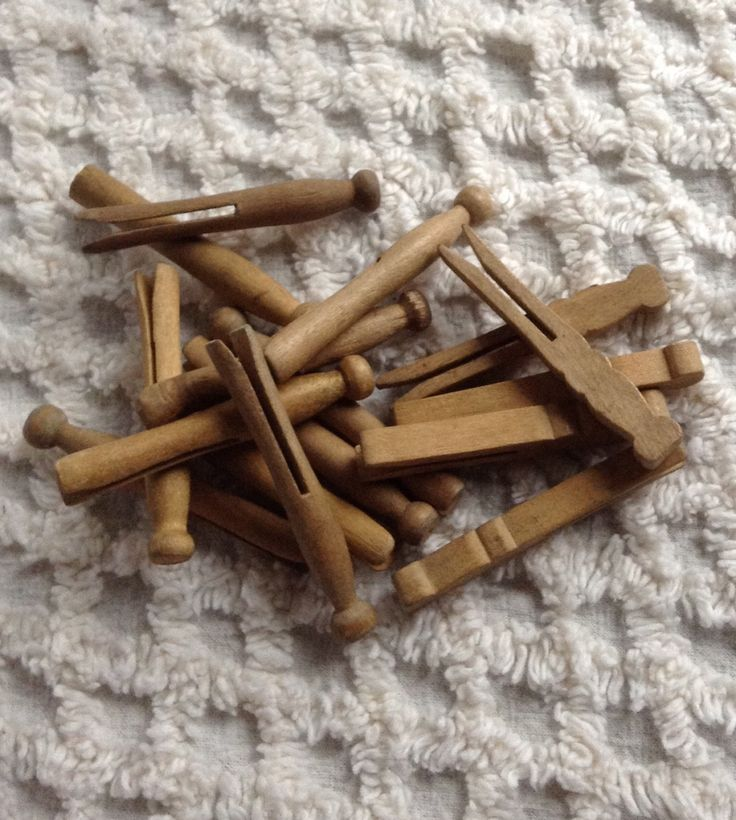 Vintage Wood Clothespins...Clothes Pins...Clothespins...Miniture Clothespins...Round Vintage Clothespins...FREE SHIPPING... by 1840VintageLane on Etsy