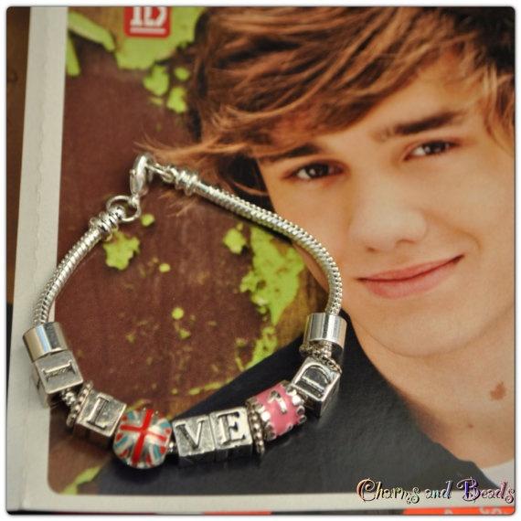 I love One Direction bracciale di CHARMSandBEADSsol su Etsy, $13.00