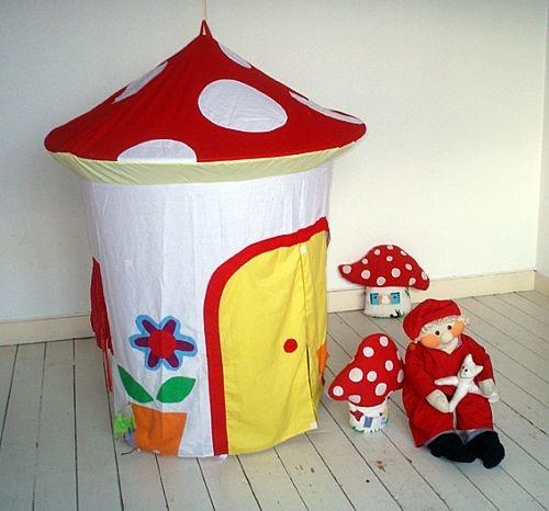 Paddestoel speeltent / Mushroom playing tent