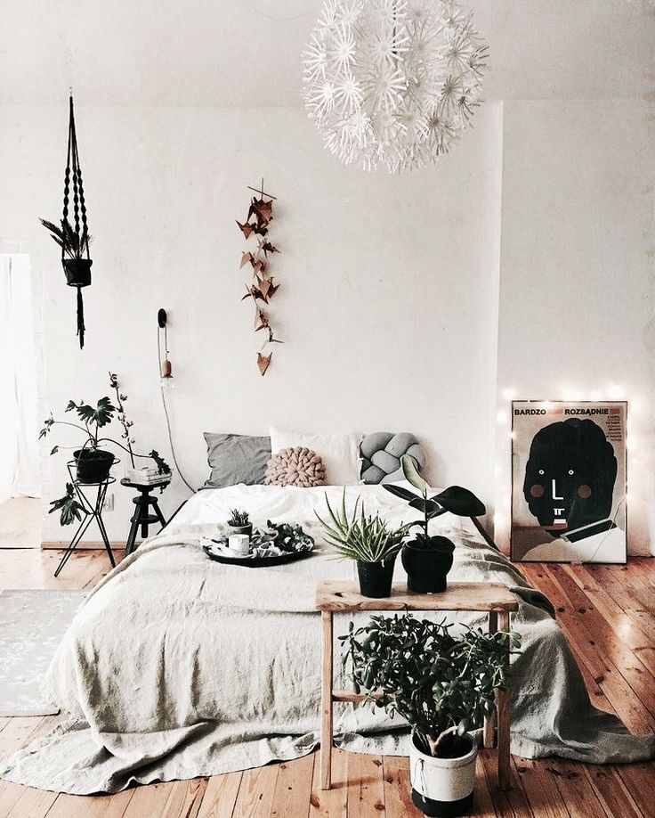 Indoor garden for your bedroom // bedroom inspo // #home #decor #interior #design
