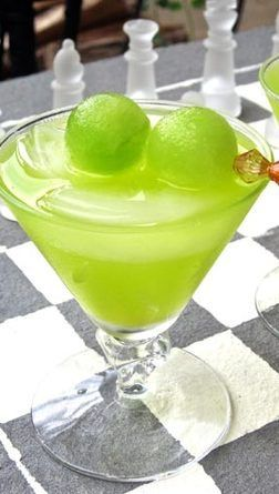 Cocktail The Melon Ball http://www.thekitchn.com/
