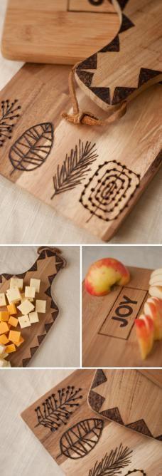 ダイソーの半田ごてを使って、木製雑貨に焼印風デコレーションをしてみませんか???・・・