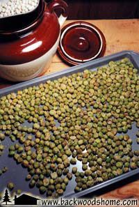 Healthy holiday munchies by Linda Gabris.  This article contains recipes for wasabi peanuts, no-bake oat balls, and oven-roasted soy nuts.