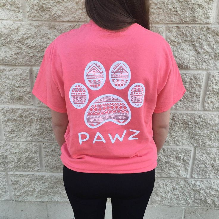 Our Pawz classic tee! Super soft with a comfortable fit and the perfect length for pairing with your favorite leggings or jeans. Pawfect for animal lovers ! •Printed in America •100% Cotton •Lightweig