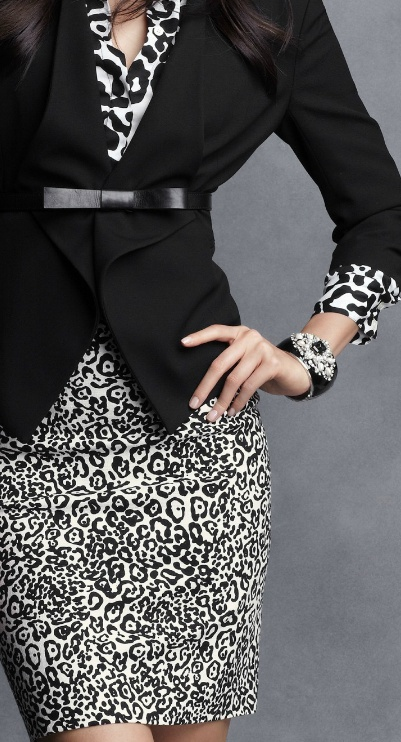 I like this mix of prints. Black and white just looks classic. #newyearstylechallenge