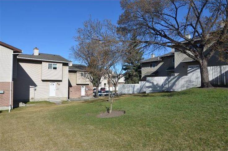 #37 64 Whitnel Co Ne, Condo for Sale in Calgary, AB: C4019288