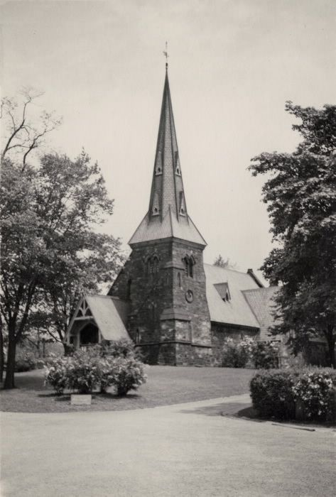 St. James' Anglican Cemetery, Parliament St., e. side, between Wellesley & Bloor Sts. E.; St. James-the-less chapel.1915