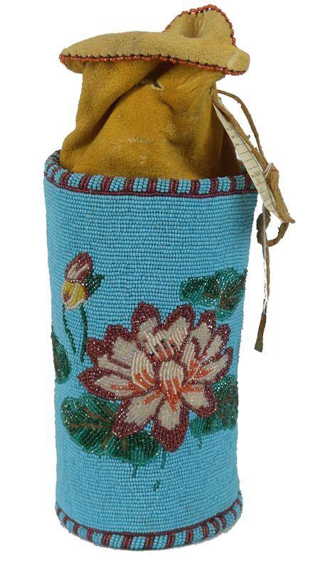 Plateau beaded purse