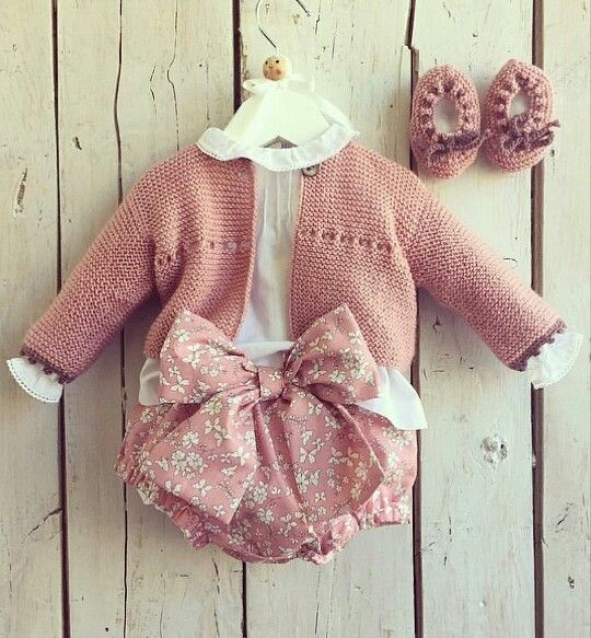 Baby girl style #pink outfit Pelotedelainebb