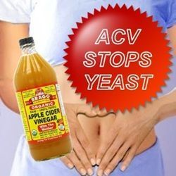 1#  Mixed in water:Mix 1-2 tablespoon of ACV in a glass of water. Drink this mixture 2-3 times a day to cure yeast infection. It is advised to drink this mix before the meals on an empty stomach for better results. Don't add any sugar or honey as yeast feeds on sugars. Thus sugar promotes fungal growth. If you have a problem with taste, you can use fruit or vegetable juices or herbal teas instead of water.
