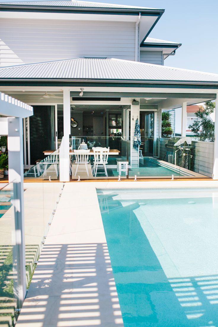 Classic-style new build on narrow block in Brisbane. Photography: Josette Van Zutphen | Story: homes+