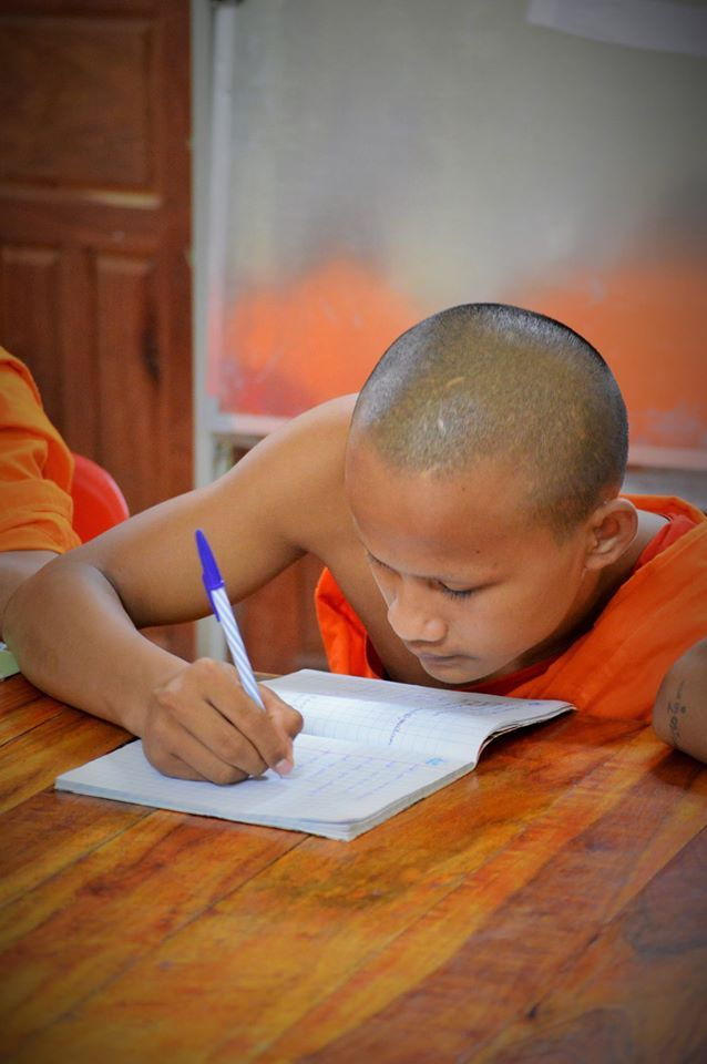 Our library novice students work so hard. On top of studying for monk school, they make the journey to the library every day for additional English classes. They are so motivated and eager to learn.   #gvi #laos #teachabroad