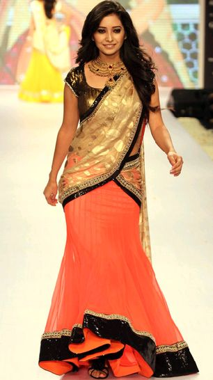 Asha Negi Walks Ramp