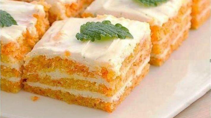 ВАРИАНТ 2.  Пирог с морковью и творожным кремом. Нежность зашкаливает!