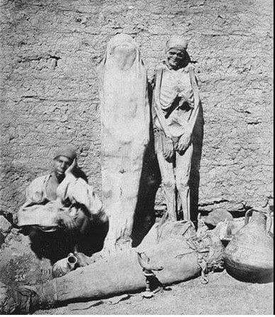 Mısır'da bir mumya satıcısı - 1875