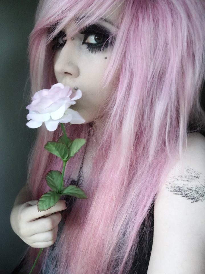 Pink emo scene hair girl