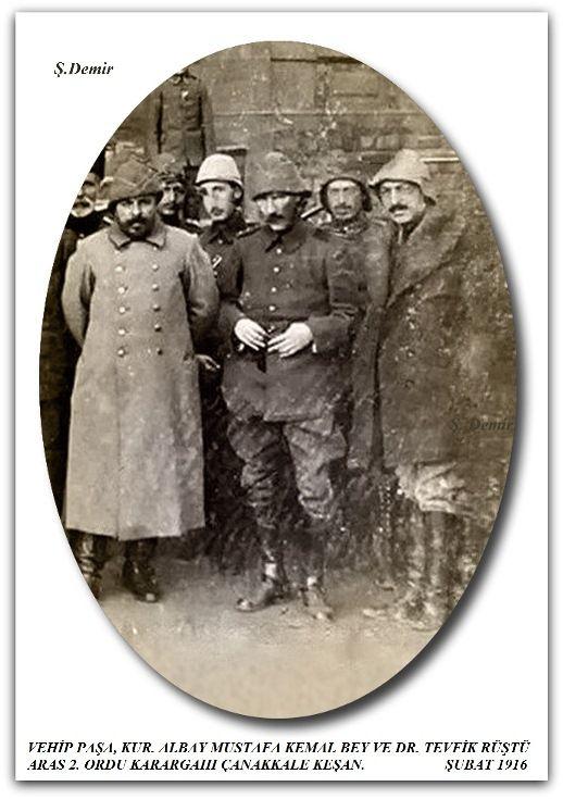 VEHİP PAŞA, KUR. ALBAY MUSTAFA KEMAL BEY VE DR. TEVFİK RÜŞTÜ ARAS 2. ORDU KARARGAHI ÇANAKKALE KEŞAN.  ŞUBAT 1916