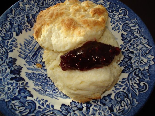 Mennonite Girls Can Cook: Biscuits Supreme