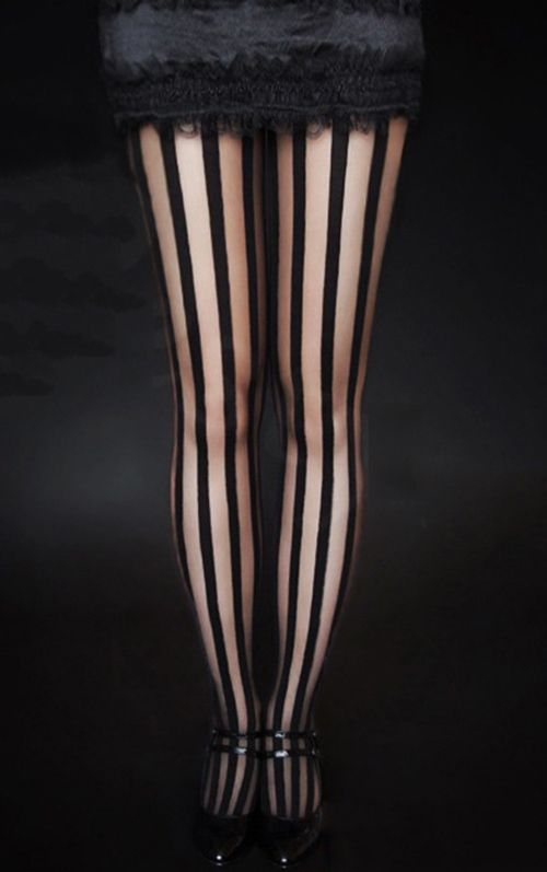 Collants gothique restyle rayures verticales noires for Bagno 1 5 x 2