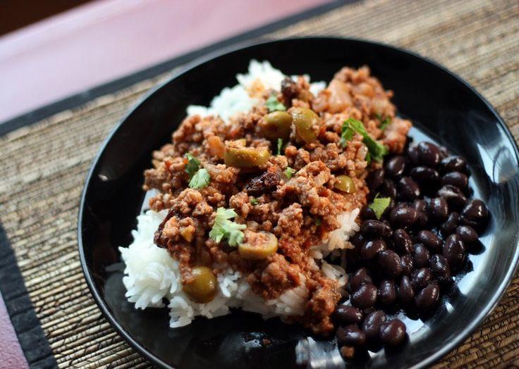 Schwarze Bohnen sind für kubanische Rezepte beliebt