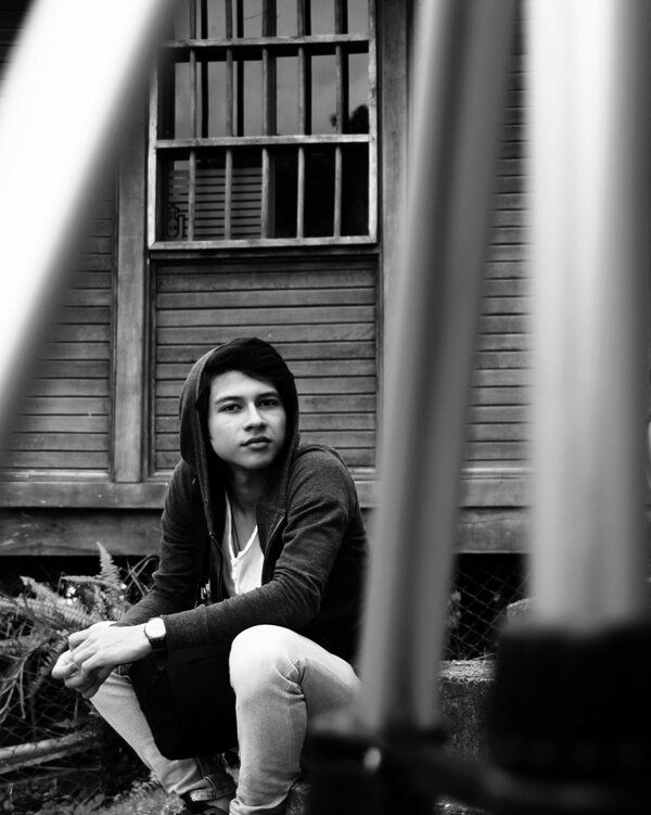 Simplemente yo, retrato al blanco y negro.